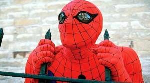 La riposte de l'homme araignée